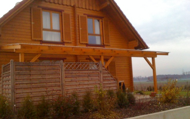 Terrassenüberdachung aus Holz Gernach von Bauelementehandel & Montageservice Rainer Schüll